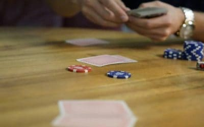 6 Ways to Know When to Fold in Poker