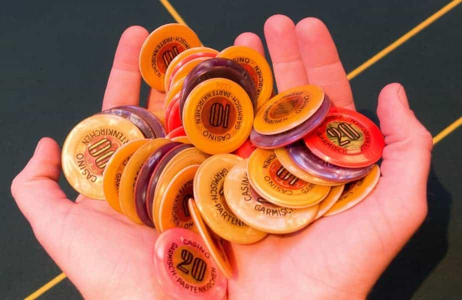 Can You Bring Poker Chips on a Plane? | Answer from the TSA