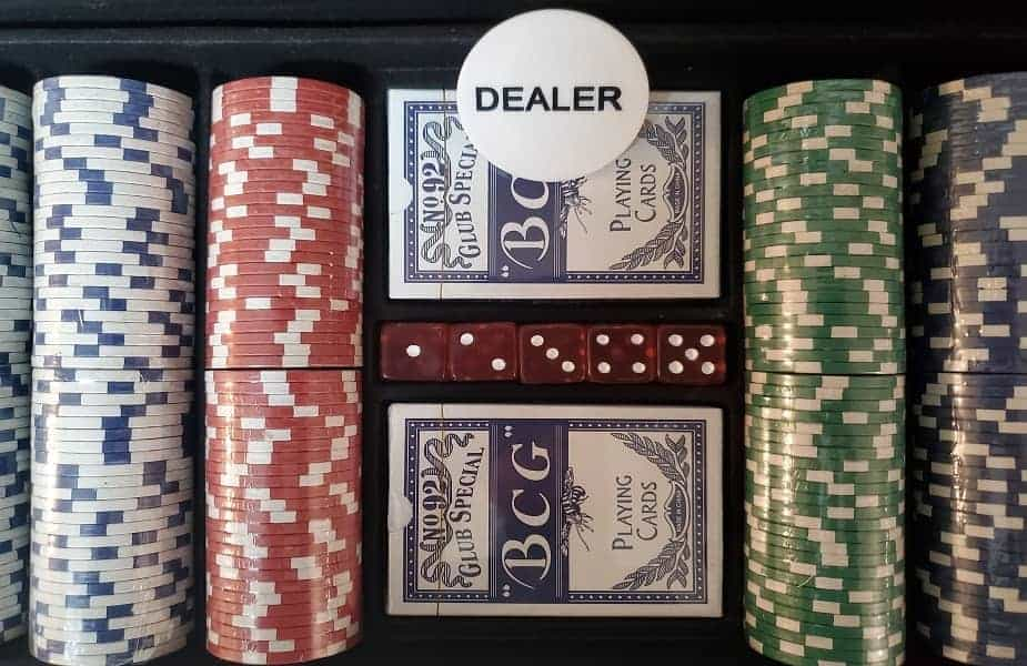 Poker Set With Dice